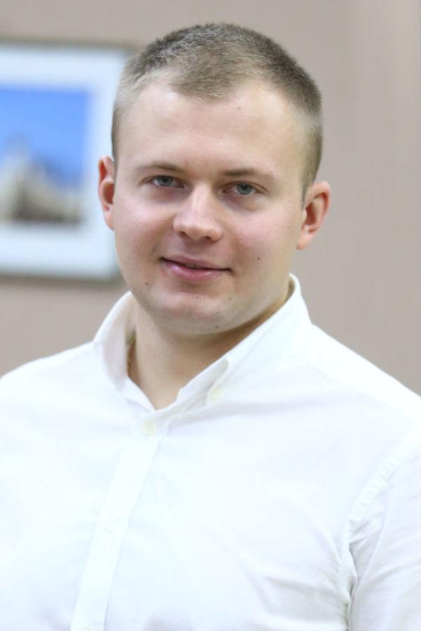 Крятов Роман Геннадійович